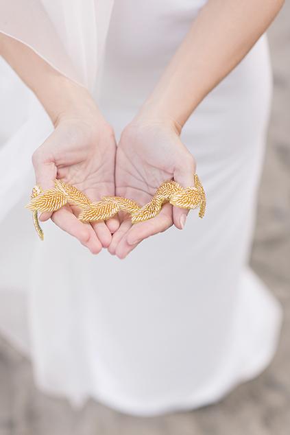 Kopfschmuck für die Braut in Gold von La Chia