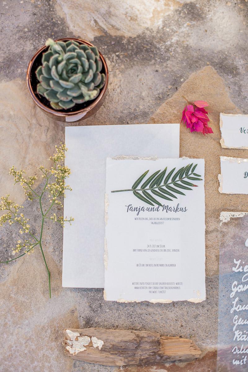 Papeterie mit Goldrand, boho Hochzeit Einladung