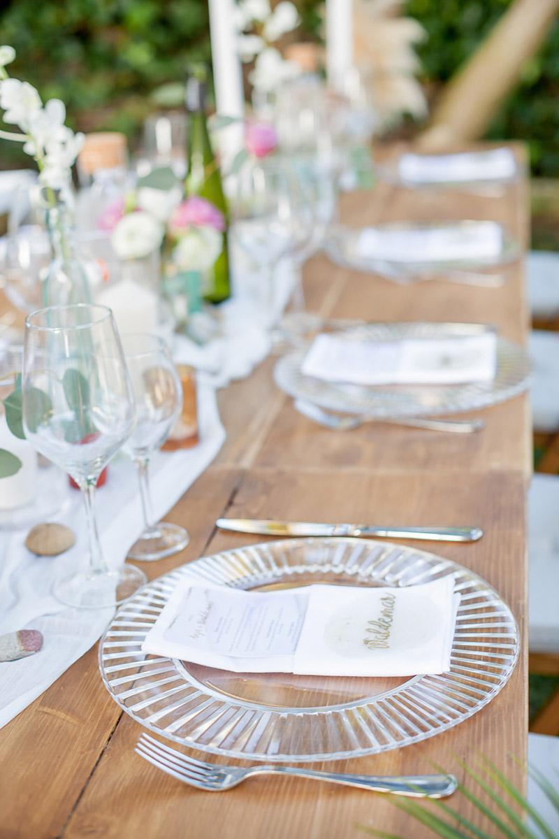 Romantische Tischdekoration im mediterranem Stil