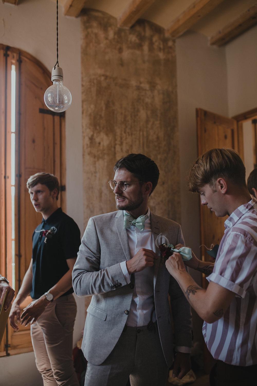 Festival boho Hochzeit, Boho Wedding Vorbereitungen Bräutigam